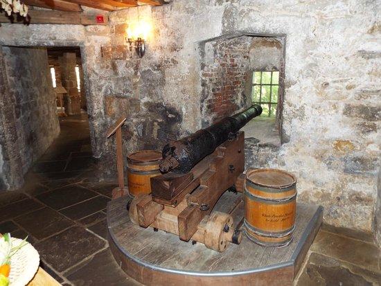 Yarmouth Castle: gun in kitchen