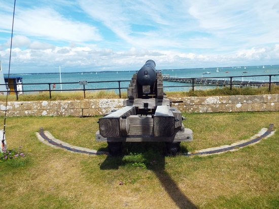 Yarmouth Castle: Looking over Solent