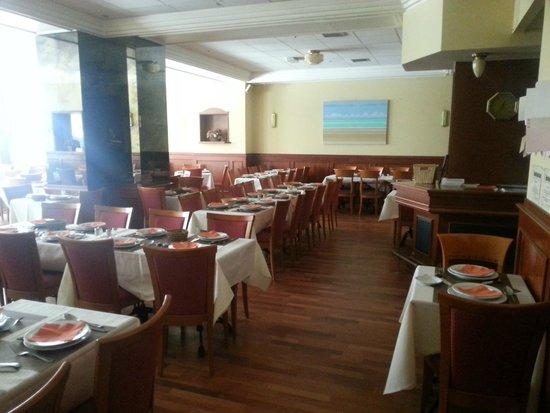 Royal Astor Hotel : dining