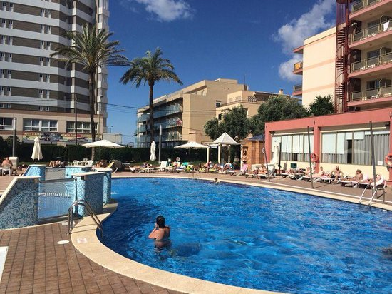 Hotel Helios Mallorca: Бассейн