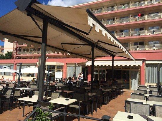 Hotel Helios Mallorca: Веранда