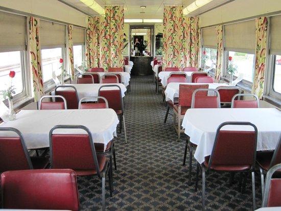 Historic Railpark and Train Museum : Restaurant wagon