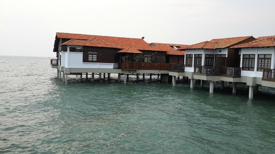 Avillion Port Dickson: various chalets once the time is in, it looks nice