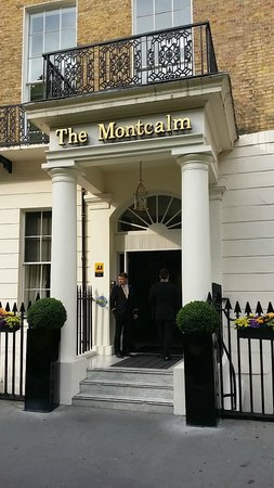 The Montcalm London Marble Arch: The Entrance of the hotel