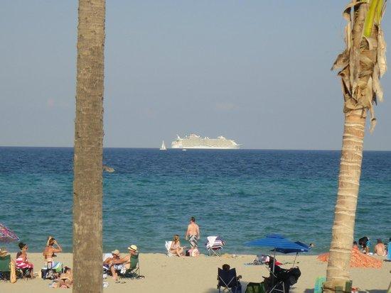 Riptide Hotel: Cruise Ship