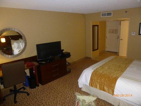 Bakersfield Marriott at the Convention Center: Attractive suite