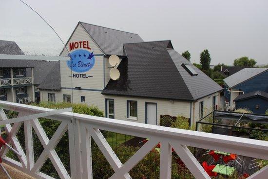 Motel Les Bleuets: Vu de notre terrasse