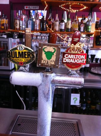 Drop Bear Inn: A great selection of beers on tap.