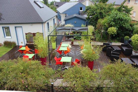 Motel Les Bleuets: Coin terrasse commune