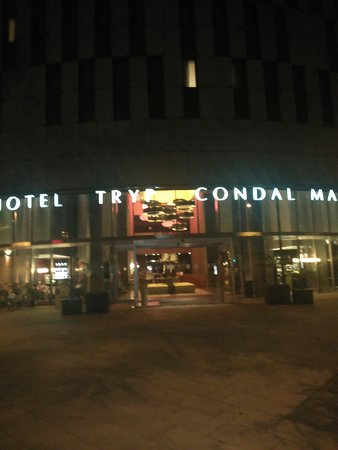 Tryp Barcelona Condal Mar: Amazing hotel