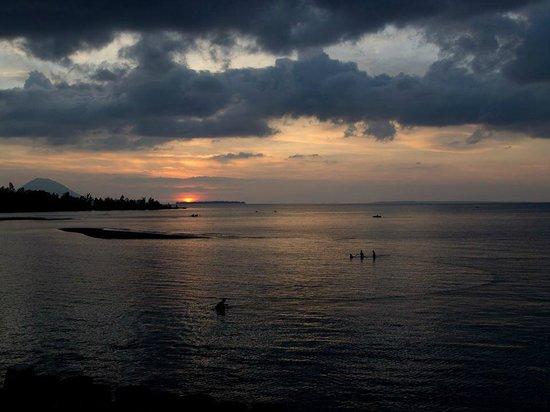 Cocotinos Manado : 海