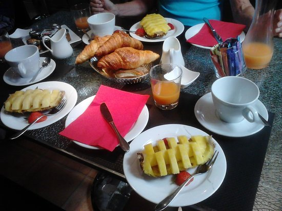 Hotel des Allees: A wonderful breakfast!