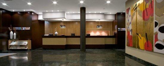 H10 Puerta de Alcala: Reception
