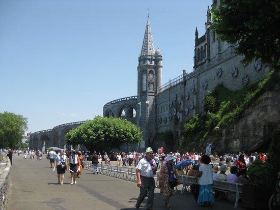 Sanctuaire Notre Dame de Lourdes : point de vue