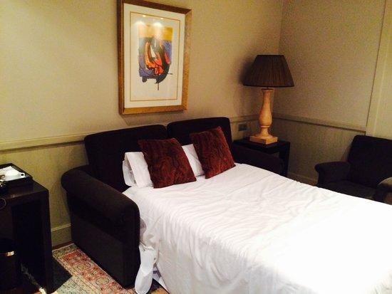 Hotel Duquesa de Cardona: Номер в отеле