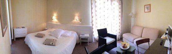 Le Mas de La Cremaillere : Camera Suit da 4 posti con divano letto matrimoniale