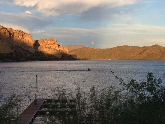 Saguaro lake picture of lakeshore restaurant mesa for Saguaro lake fishing