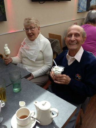 Wimpy Worthing: Two of our Residents enjoying Wimpy Ice Cream