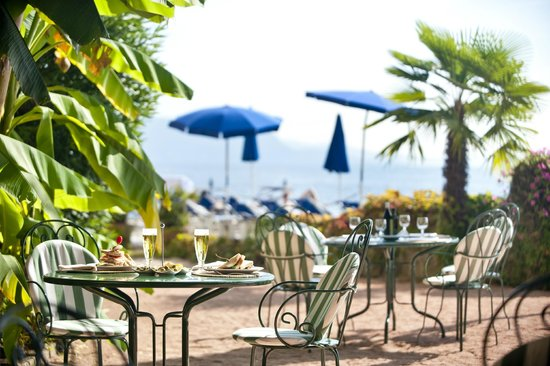 Grand Hotel Gardone Riviera : Pool bar