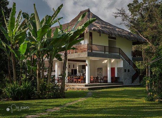 Kelimutu Crater Lakes Eco Lodge, Moni, Flores: Kelimutu Eco Lodge, Restaurant.