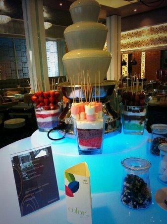 Sheraton Bandung Hotel & Towers: Feast Restaurant