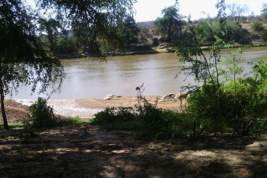 Loyk Tsavo Camp: The river