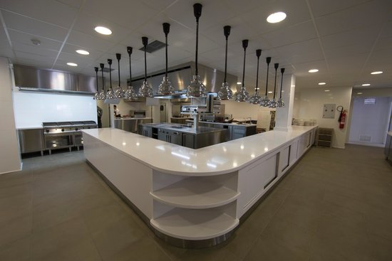 Healthouse Las Dunas Beach Hotel and Spa: kitchen