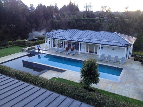 Hilton Lake Taupo: Gorgeous pool gym and hot tub