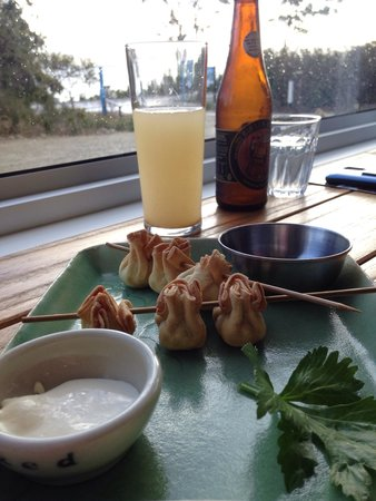 Get Shucked Oyster Bar : Warming on a cold day