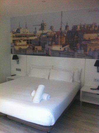 Andante: Room