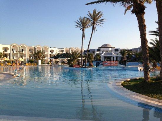 Djerba Holiday Beach: Piscine