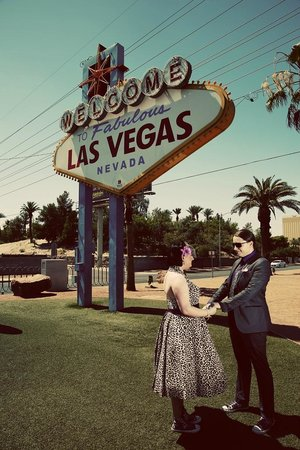 Scenic Las Vegas Weddings Chapel: Las Vegas Sign - perfect location and cermony.