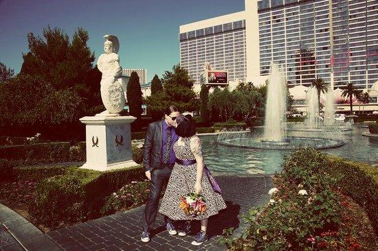 Scenic Las Vegas Weddings Chapel: Beautiful photos, beautiful ceremony.