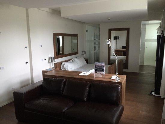 MO.OM Hotel: Suite