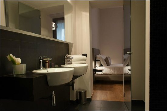 Relais Rione Ponte : Deluxe Double or Twin Room - Bathroom