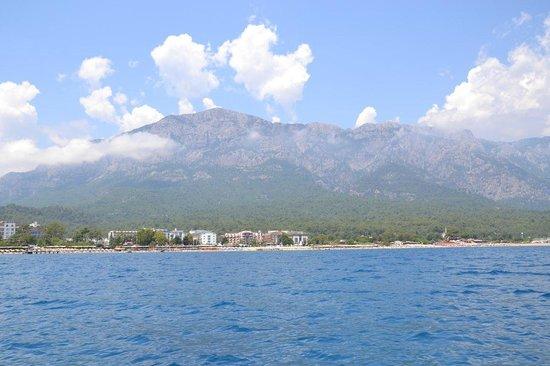 Novia Gelidonya Hotel : вид с пляжа