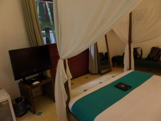 The Pavilion: Bedroom