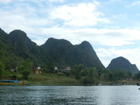 Hue Freedom Riders - Day Tour: Phong Nha National Park