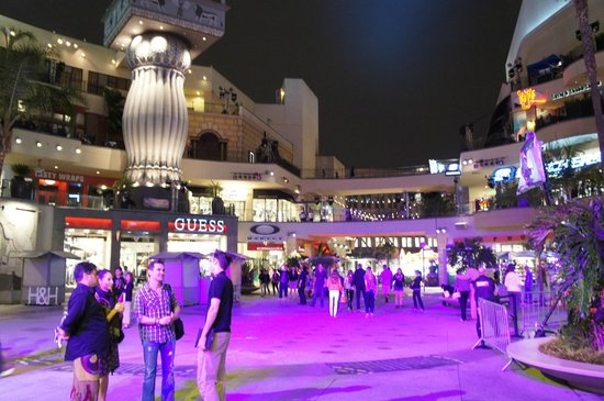 Hollywood : ハイランドセンター