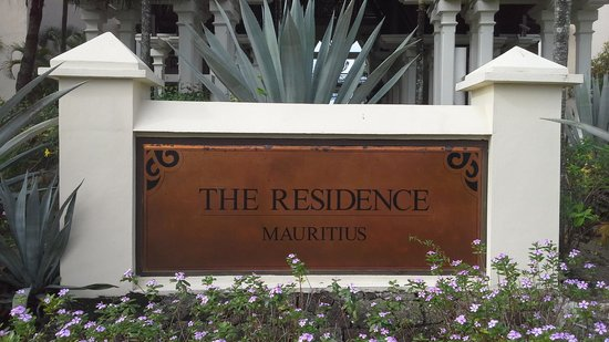 The Residence Mauritius: tabella esterna struttura