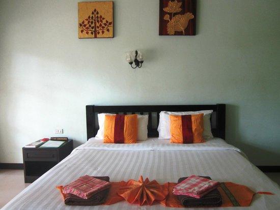 Ananda Villa: nice and comfy bed, spacious room