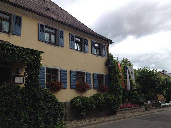 Gasthof und Weingut Schwarzer Adler : Aussenansicht
