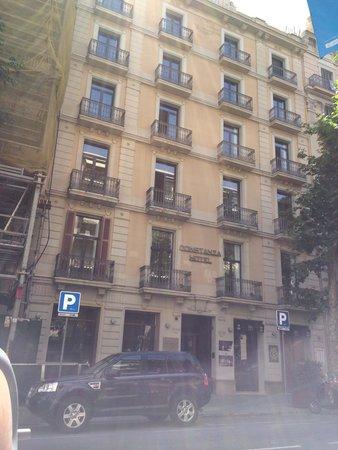 Hotel Constanza Barcelona: 外観・昼