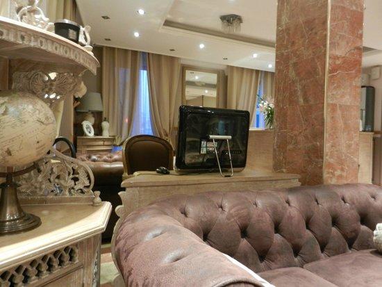 Hotel de Bellevue Paris Gare du Nord: Lobby