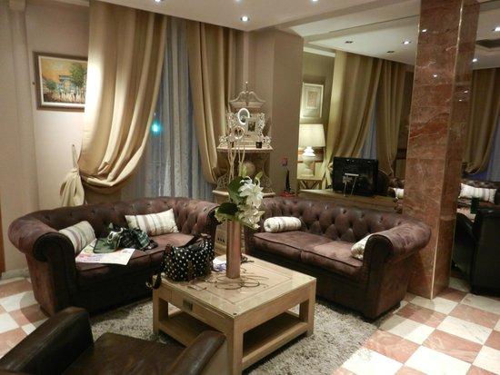 Hôtel de Bellevue Paris Gare du Nord  : Lobby
