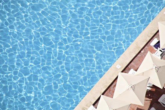 Sandos Benidorm Suites: Marconfort Benidorm Suites Pool / Piscina