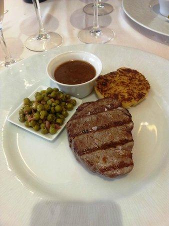 Diego's: Solomillo de ternera con salsa española