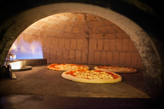Piazze D'Italia: THE BEST PIZZA