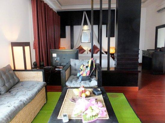 Diamond D'Angkor Boutique: Living area
