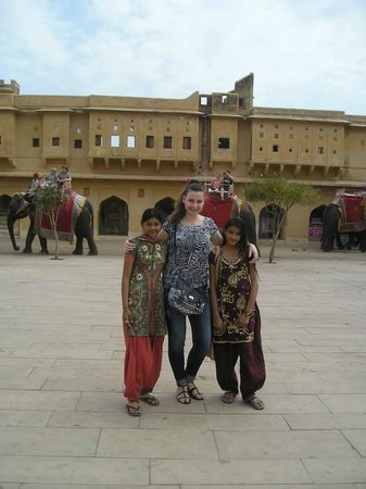 Agra, Hindistan: with two nice indian girls